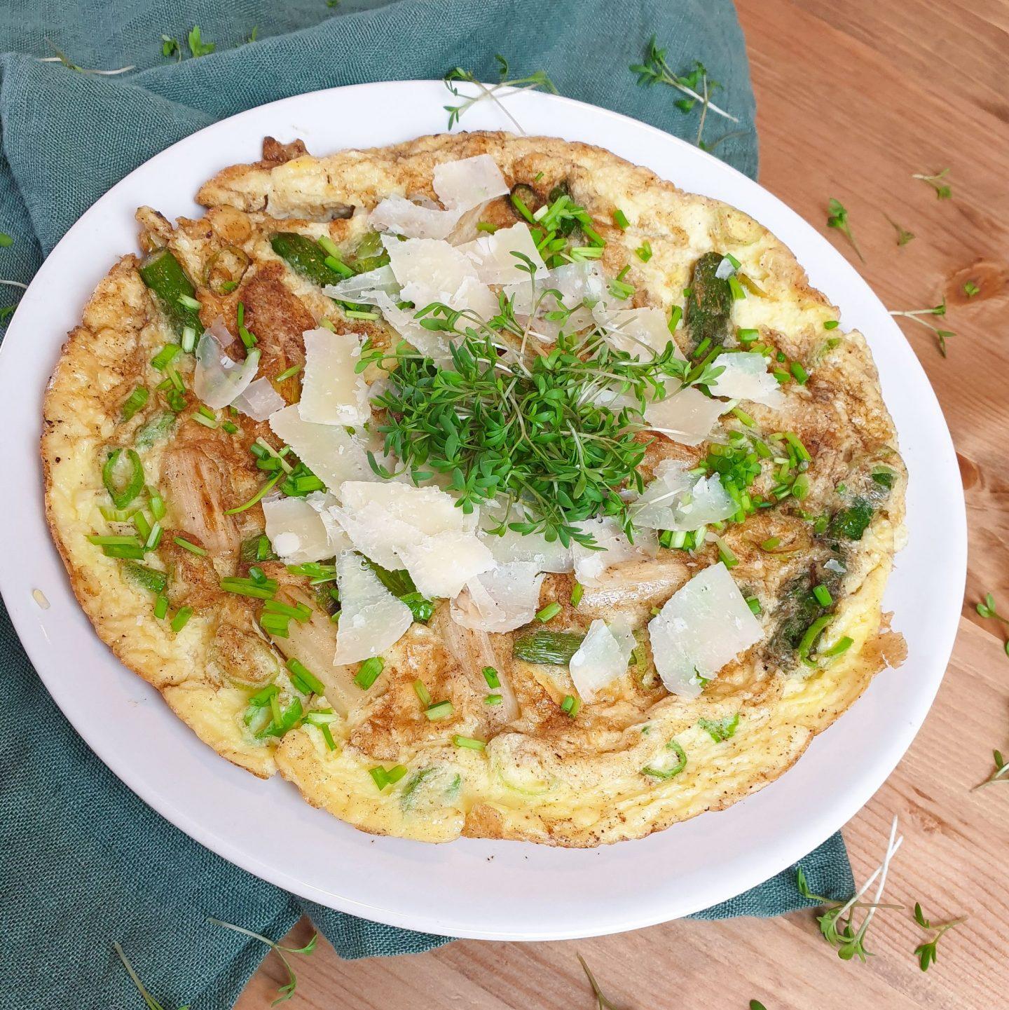 Omelett mit Spargel und Parmesan