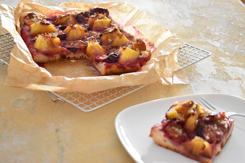 Pfirsich-Zwetschgen Kuchen